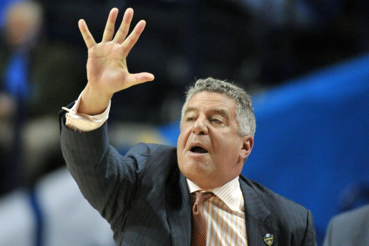 """""""Hey, Bruce. How many games y'all plan on winning this week?"""""""