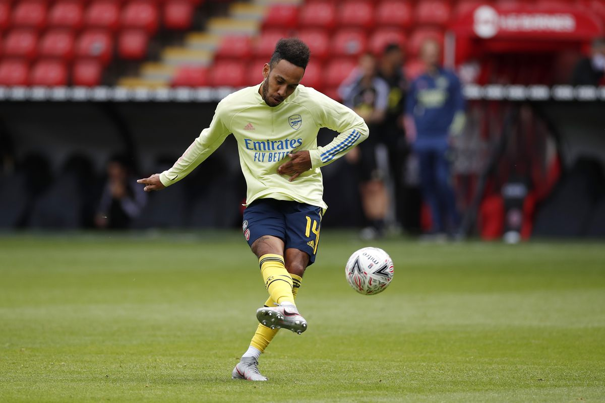 Pierre-Emerick Aubameyang of Arsenal warms up ahead of the FA Cup Fifth Quarter Final match between Sheffield United and Arsenal FC at Bramall Lane on June 28.
