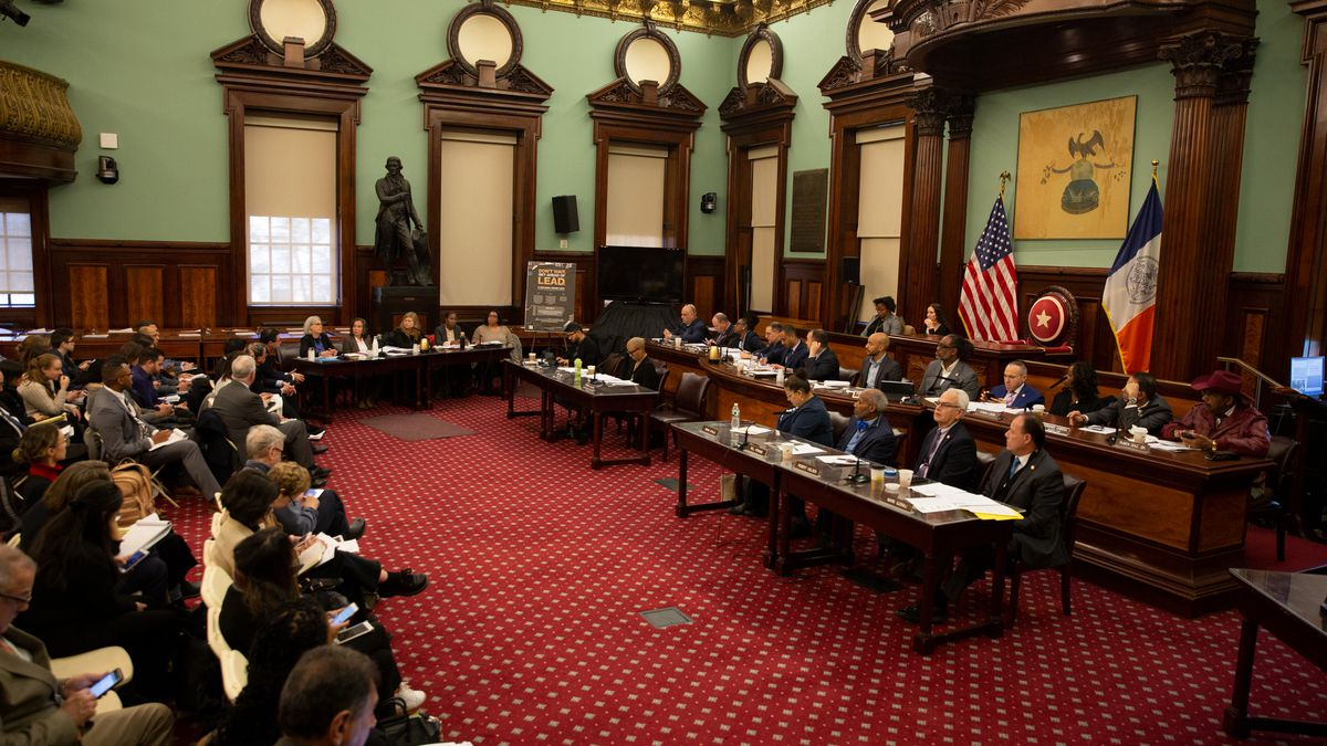 City Council members hold a hearing on lead in. buildings, Nov. 13, 2019.