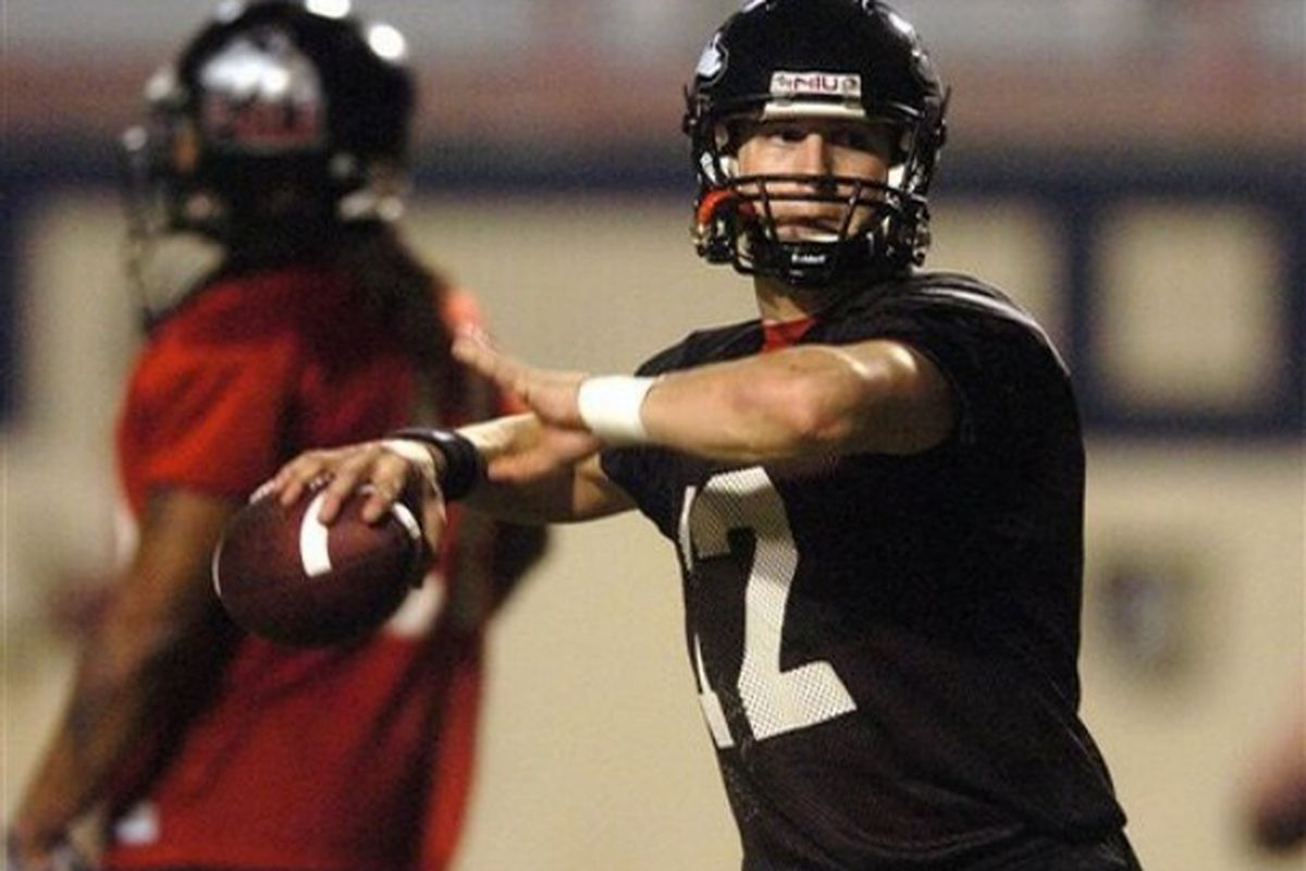 All eyes on the QBs this weekend as #12 Chandler Harnish looks to make strides.