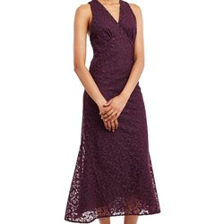 This embroidered dress comes in a pretty wine color and has an intricate pattern of embroidered butterflies.