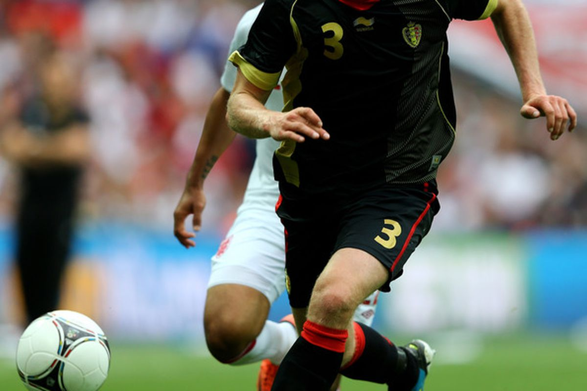 LONDON, ENGLAND - JUNE 02:  Jan Vertonghen of Belgium runs with the ball during the international friendly match between England and Belgium at Wembley Stadium on June 2, 2012 in London, England.  (Photo by Clive Mason/Getty Images)
