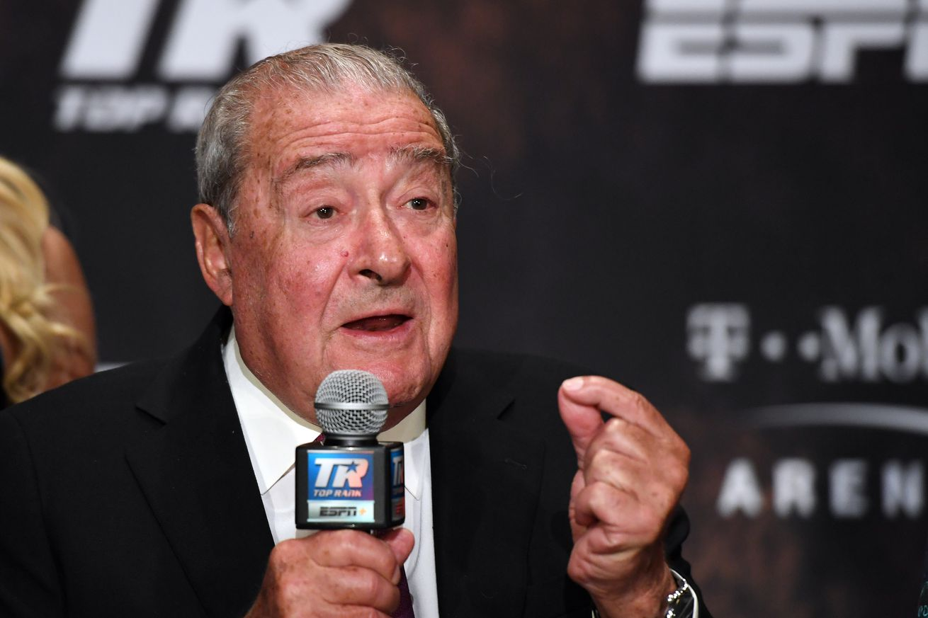 1173978405.jpg.0 - Arum claims rematch clause for Fury-Wilder 3 has expired