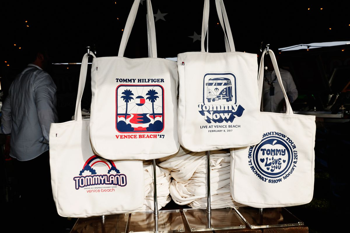Are cotton totes better for the Earth than plastic bags? It