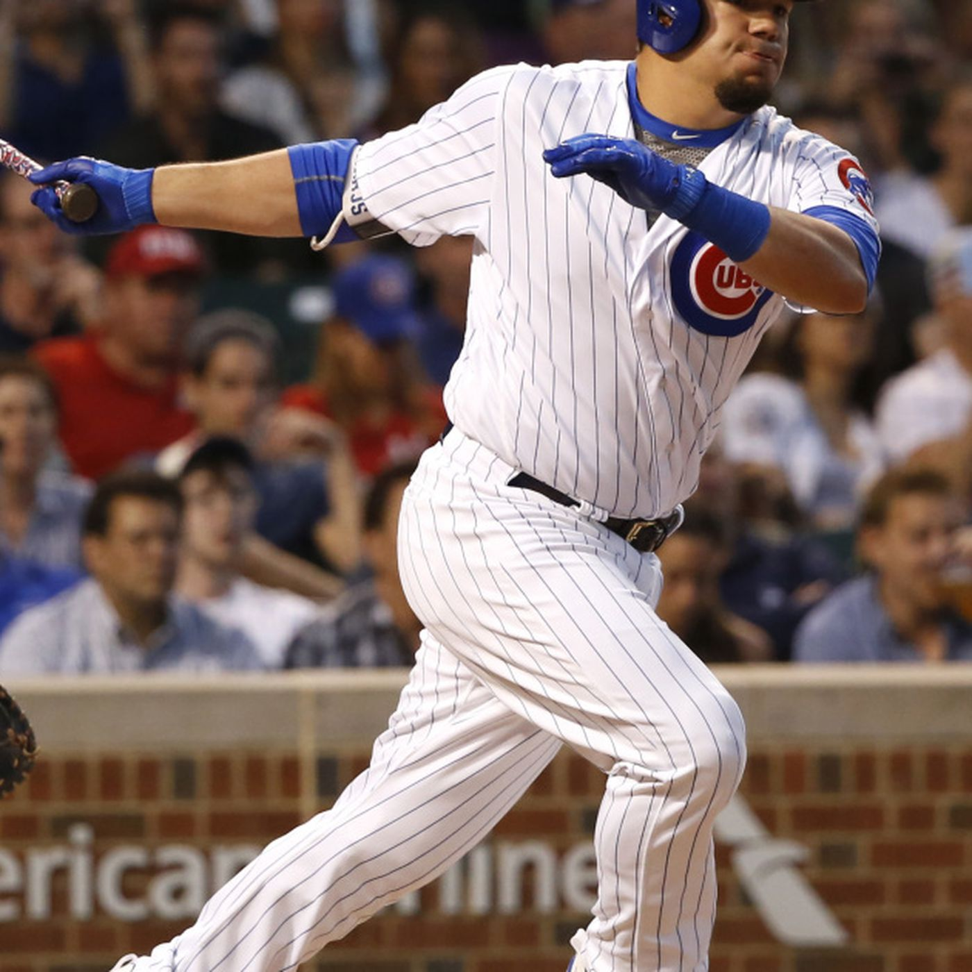 Kyle Schwarber forced to deal with a lot of shifts - Chicago Sun-Times