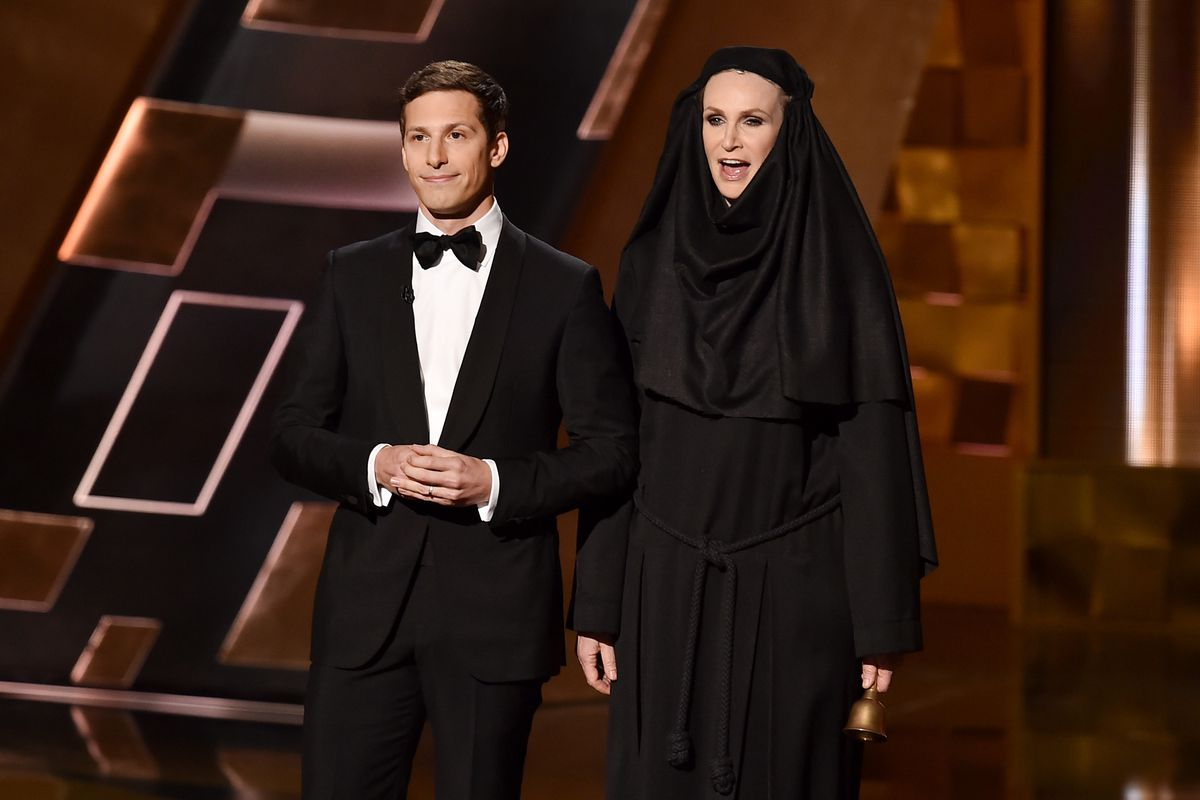 53b8bc96e 6 things you missed at the 2015 Emmy Awards - Vox
