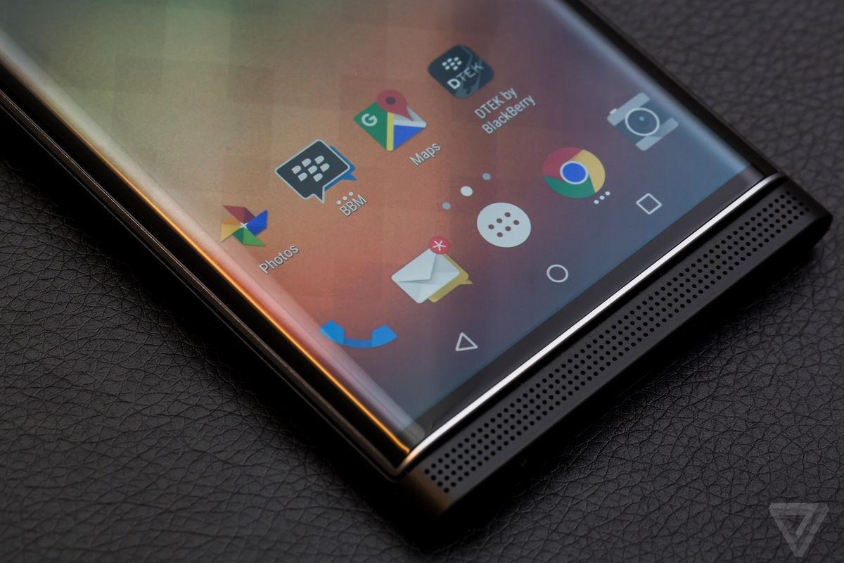 BlackBerry makes its Hub software available for all Android