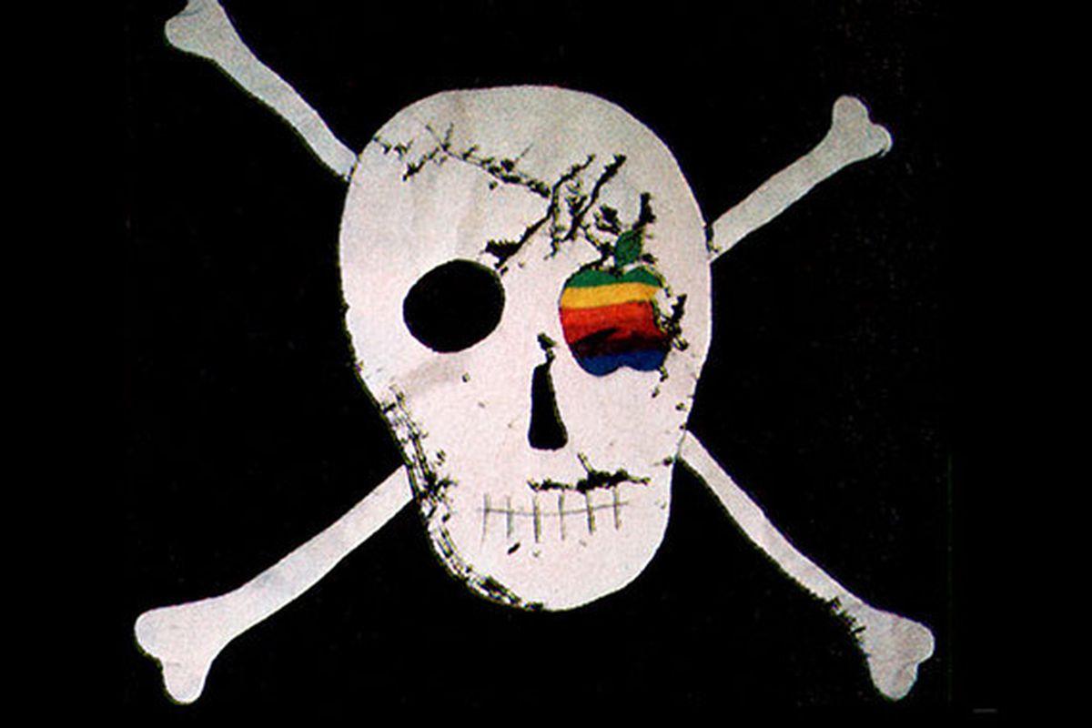 Macintosh designer is selling $1,900 replicas of Apple's