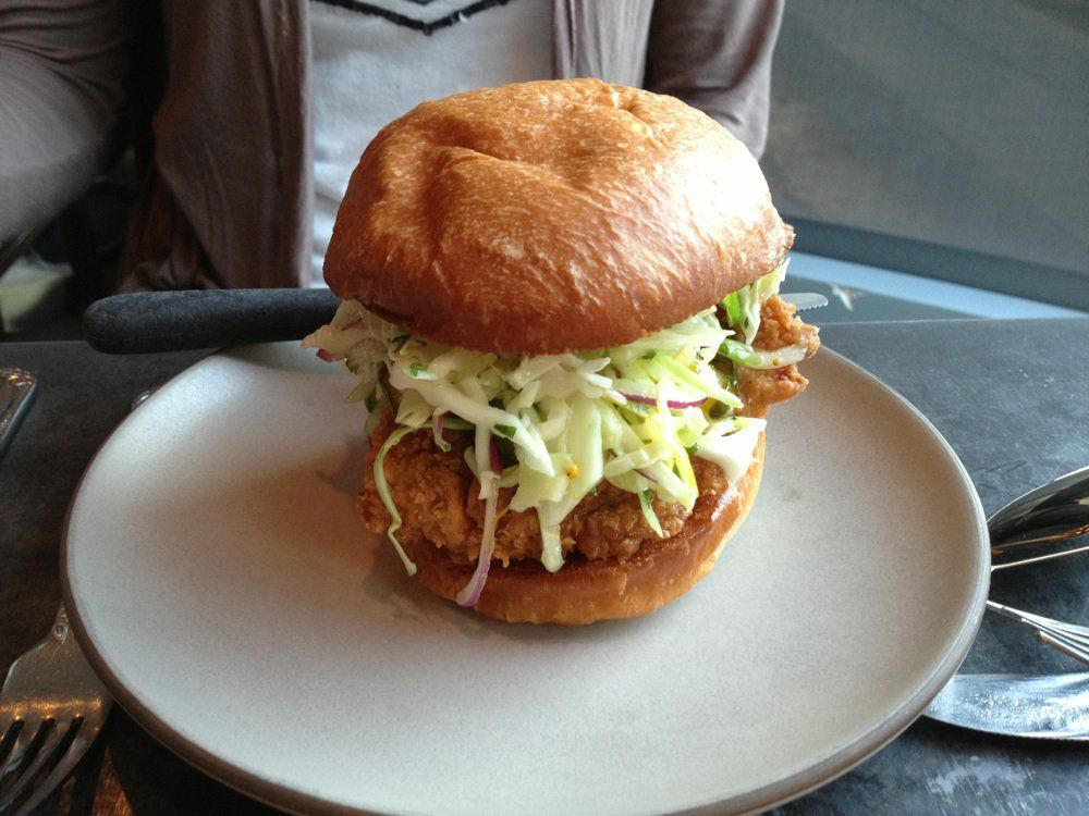 16 Fantastic Fried Chicken Sandwiches In Los Angeles 2018 Edition
