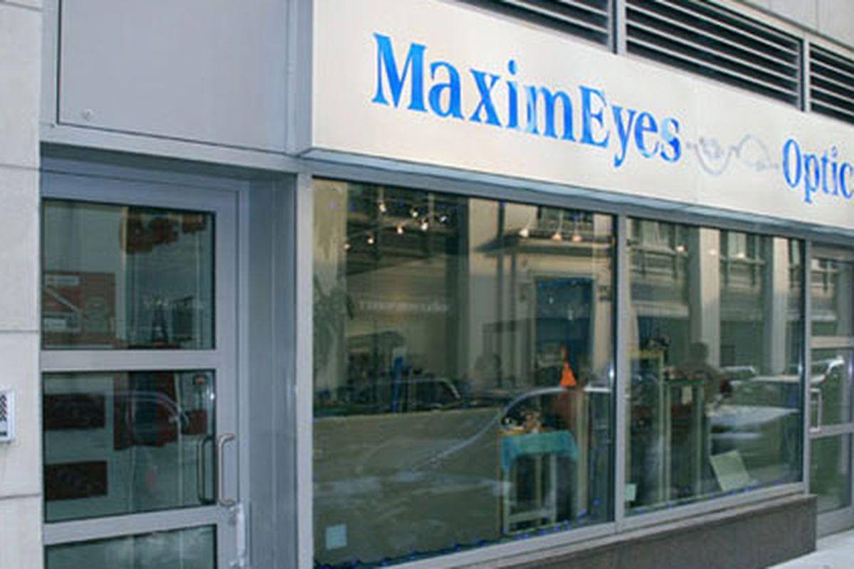 "Storefront via <a href=""http://maximeyesoptical.com/"">MaximEyes</a>"