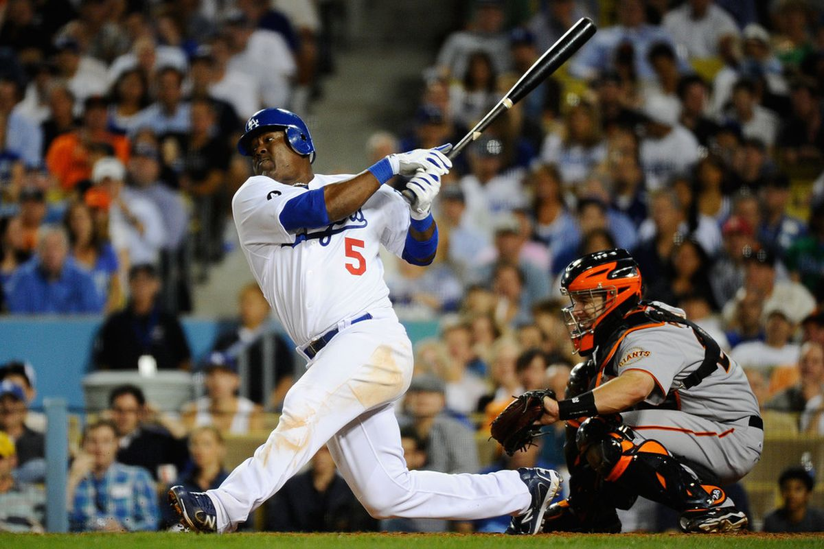 Juan Uribe returns to the lineup tonight for the Dodgers, batting fifth with southpaw Barry Zito on the mound.