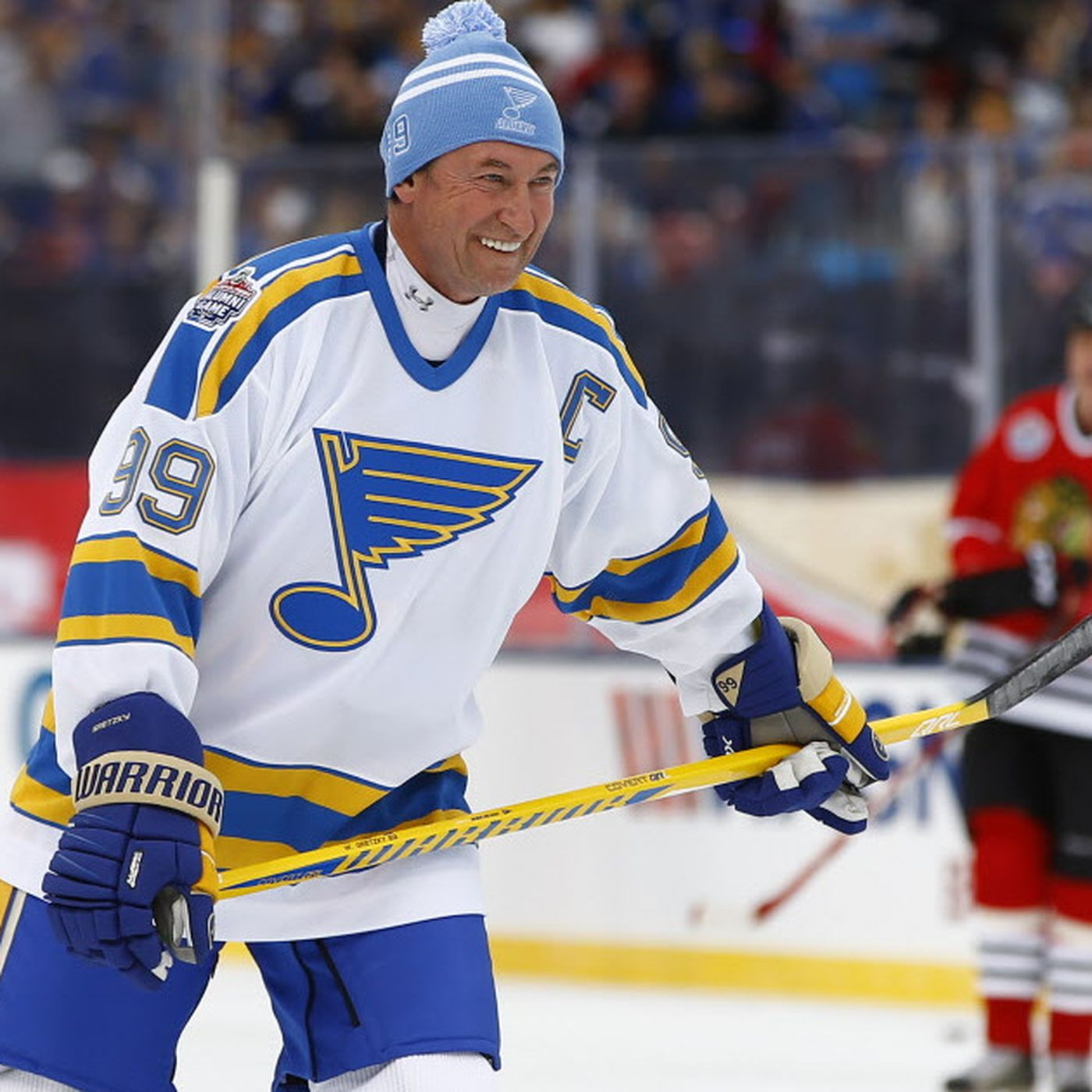 the latest 9bcf4 e3c99 Blackhawks alumni hold their own against legend-laded Blues ...