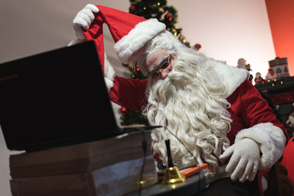 SERBIA-RELGION-CHRISTMAS-VIRUS-HEALTH