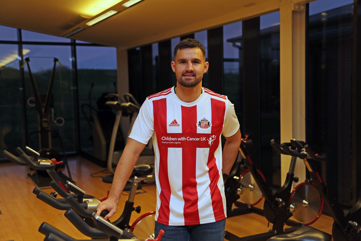 Sunderland Unveil New Signing Bailey Wright