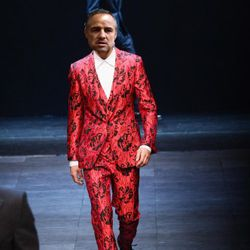 Since they're most comfortable in flashy Italian suits, here's one from Dolce&Gabbana.