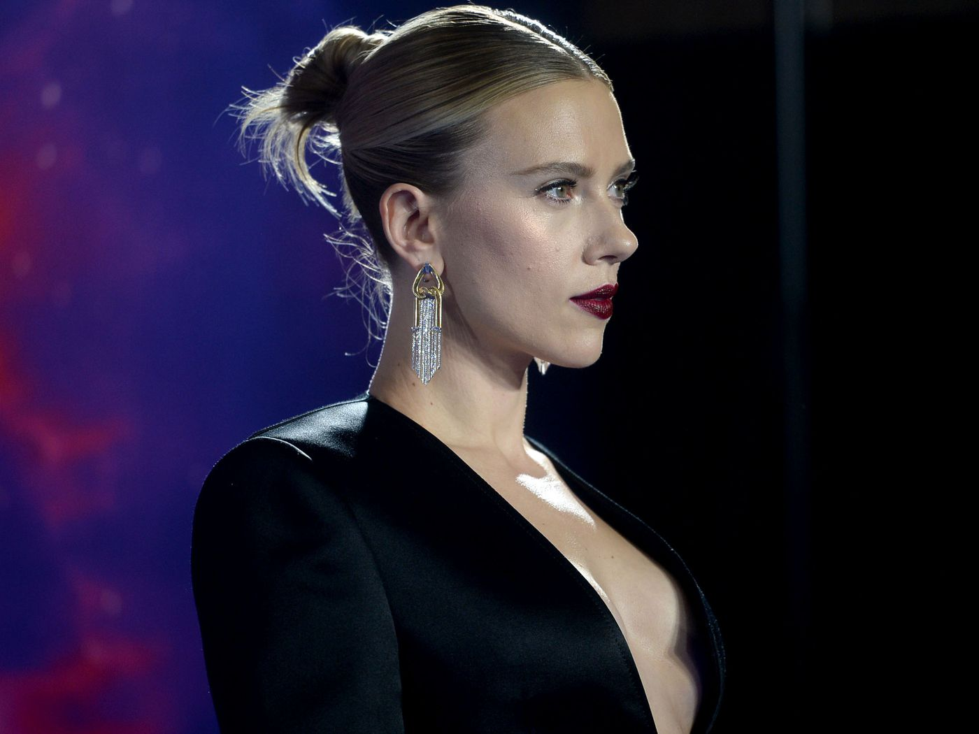 Scarlett Johansson Defends Comments On Politically Correct Casting Vox