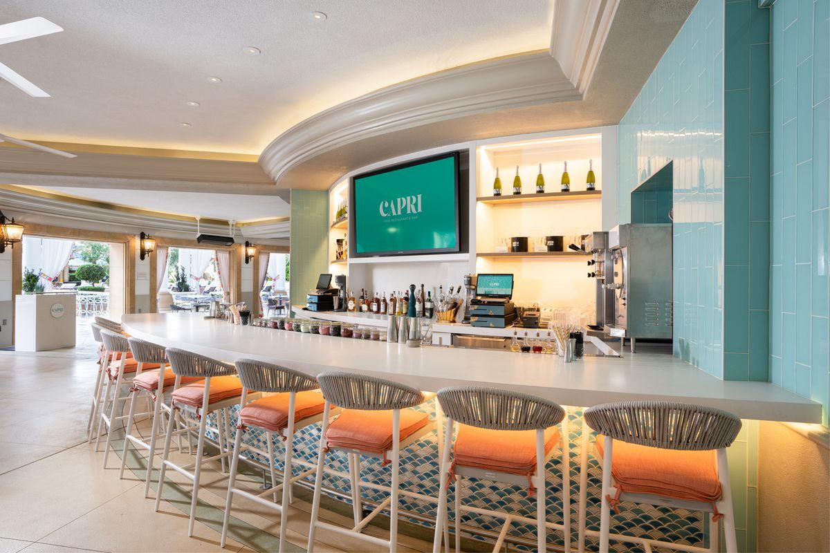 Capri Pool Restaurant & Bar
