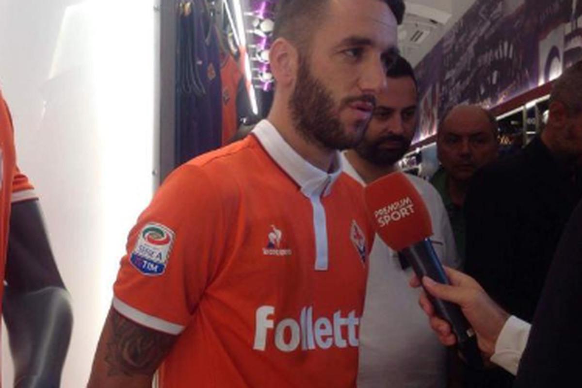 Fiorentina release new third kit - Viola Nation b98b60677