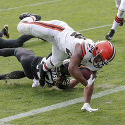 November 2020: In Week 12, the Browns grinded out a win against the Jacksonville Jaguars, who were starting veteran QB Mike Glennon for the first time. Jarvis Landry had 143 yards receiving and a touchdown, but Cleveland's defense had to stop Jacksonville's two-point conversion attempt to secure the 27-25 win. The win improved Cleveland to 8-3 on the year.