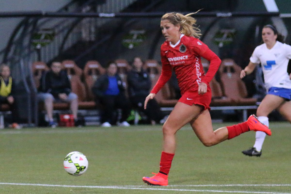 The Thorns' came out on fire to start the season in their 4-1 victory of the Boston Breakers on April 11.
