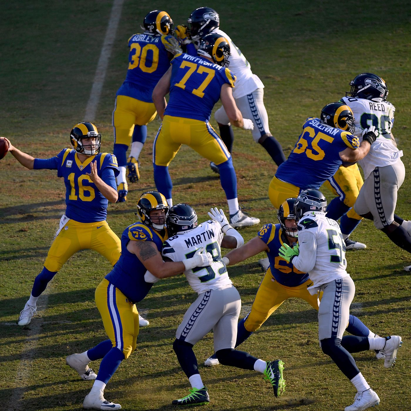 Rams Vs Seahawks Time Online Streaming Channel Tickets And More Turf Show Times