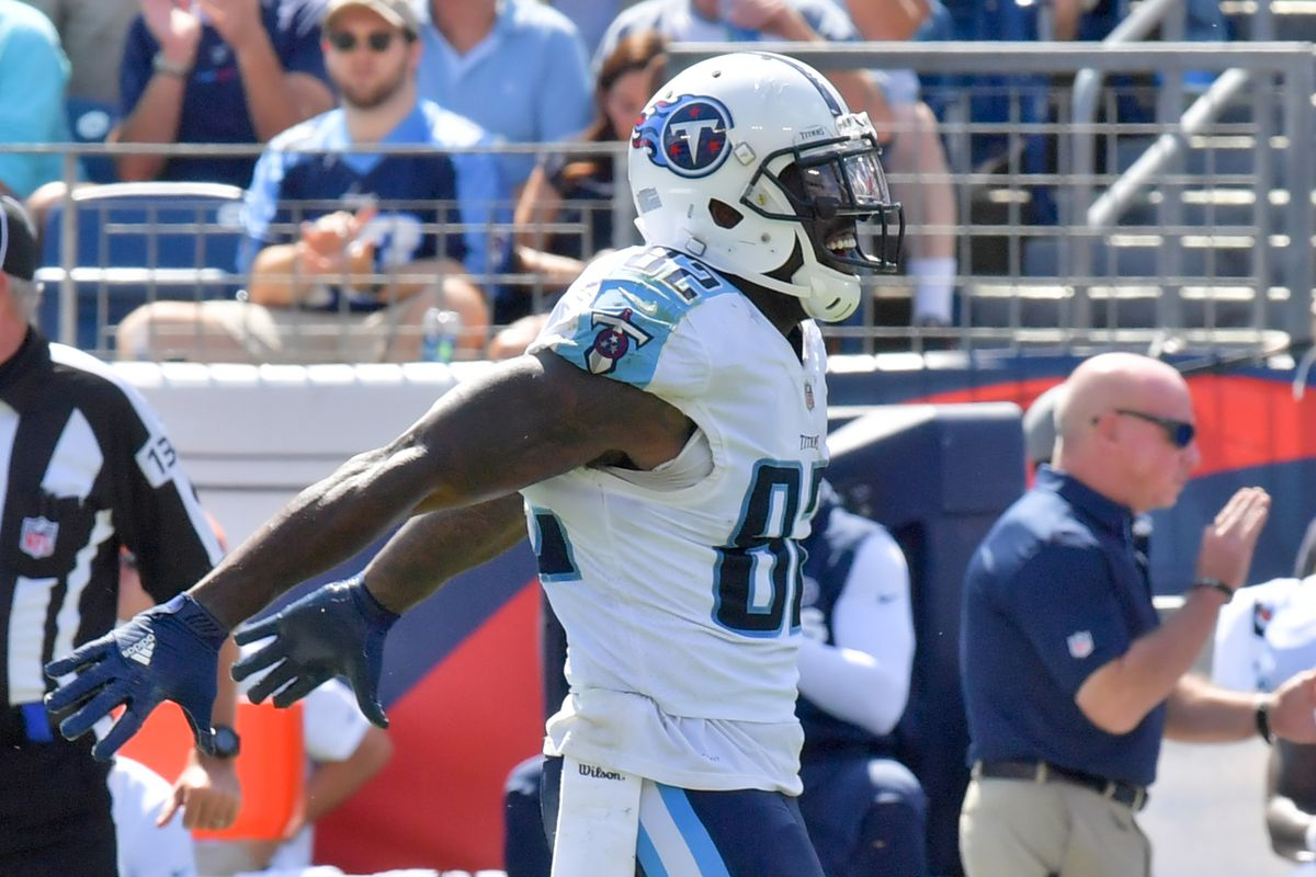 COREY DAVIS RETURNS TO TITANS PRACTICE on a limited basis Delanie