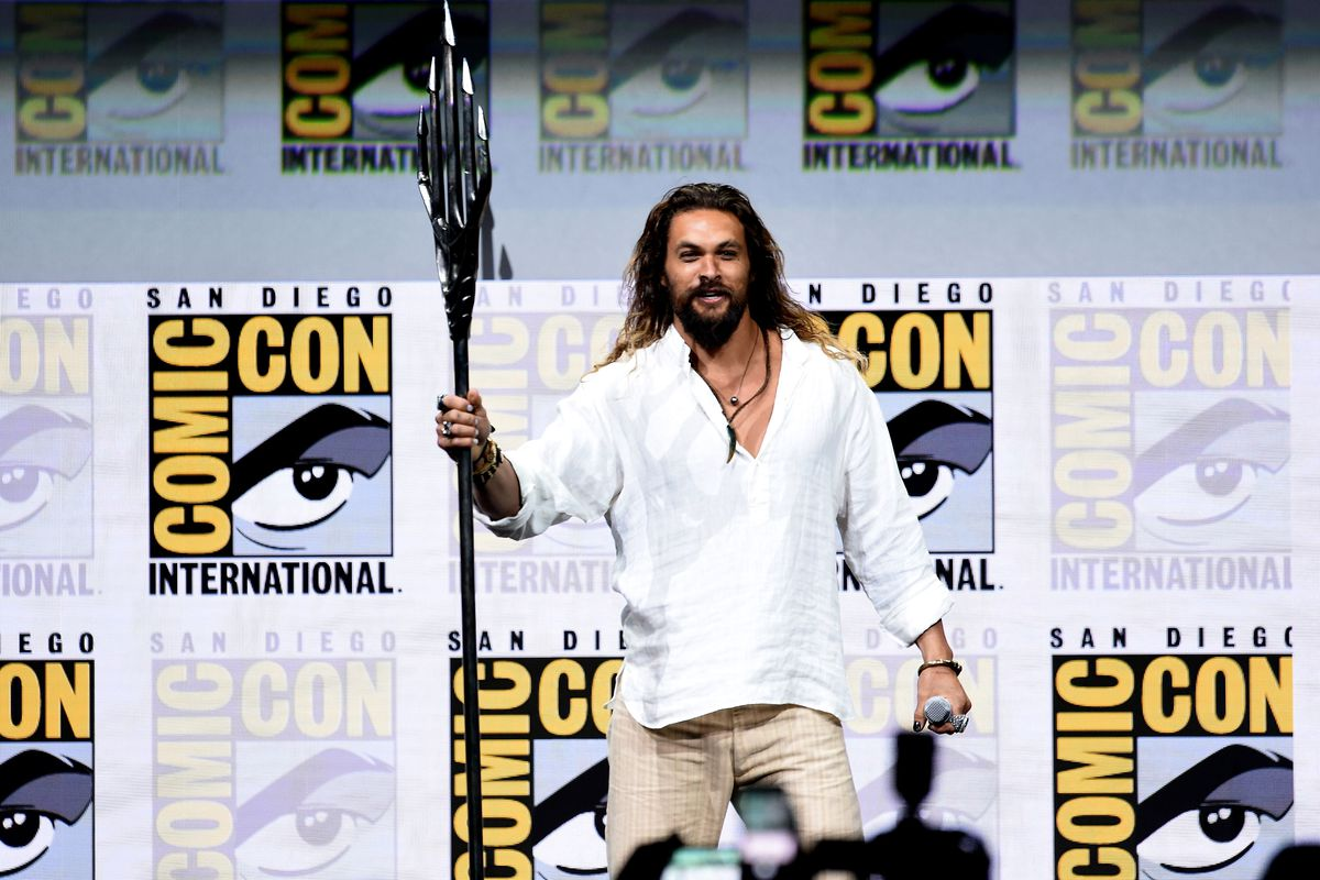 Jason Momoa Debuts First Aquaman Footage at SDCC