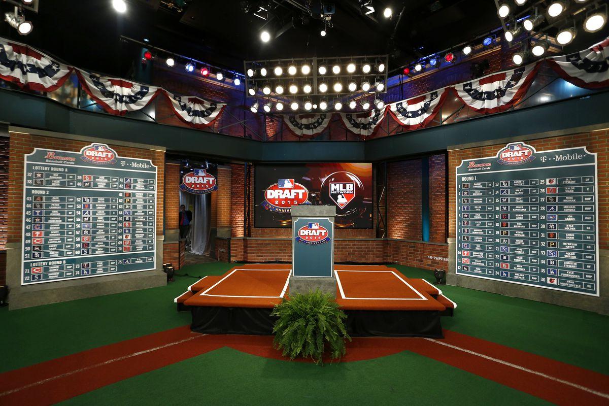 mlb-draft-2015-board-podium-getty
