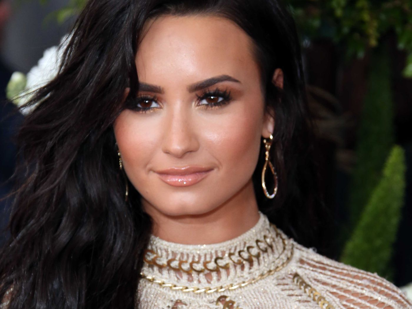 Demi Lovato Is Singing The National Anthem At Mayweather Vs