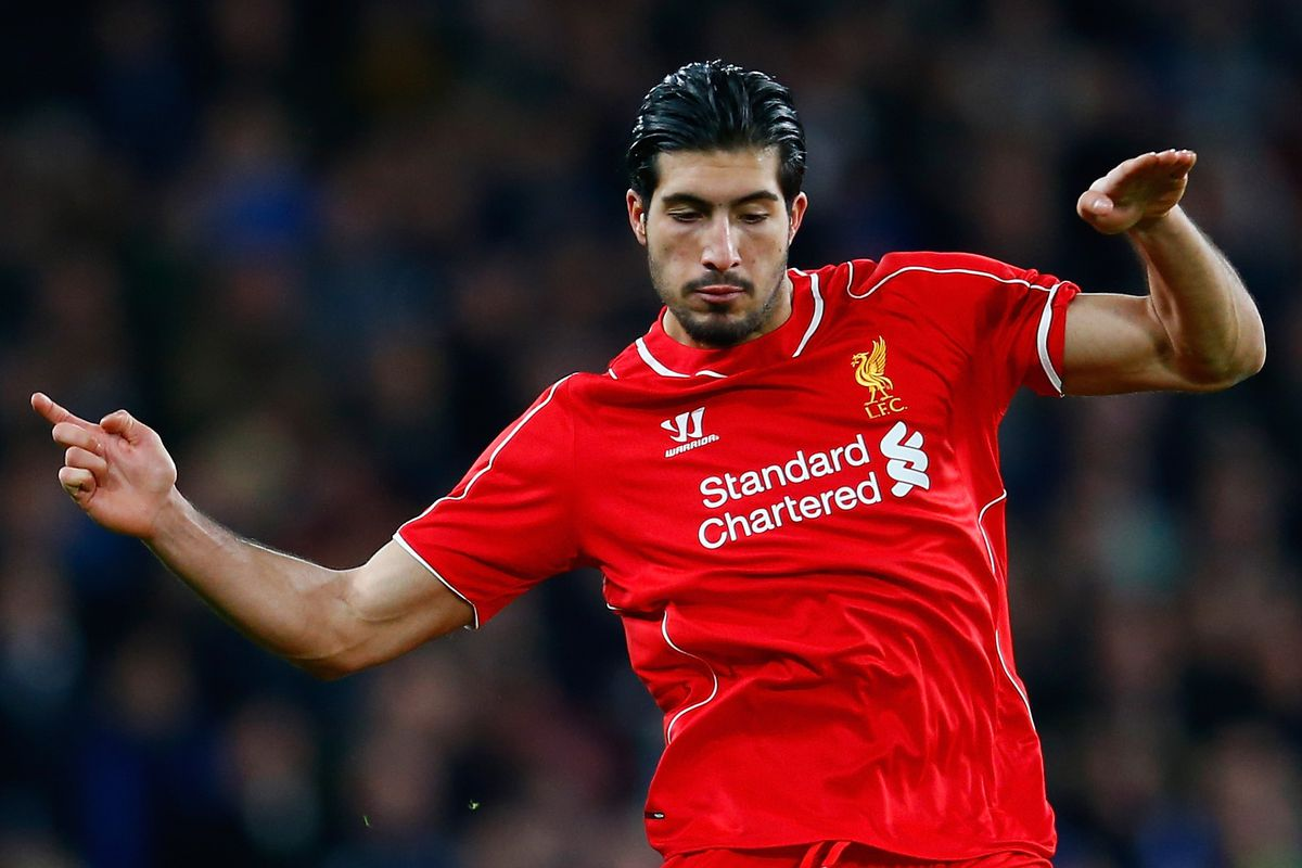 Emre Can, DJ with an invisible turntable.