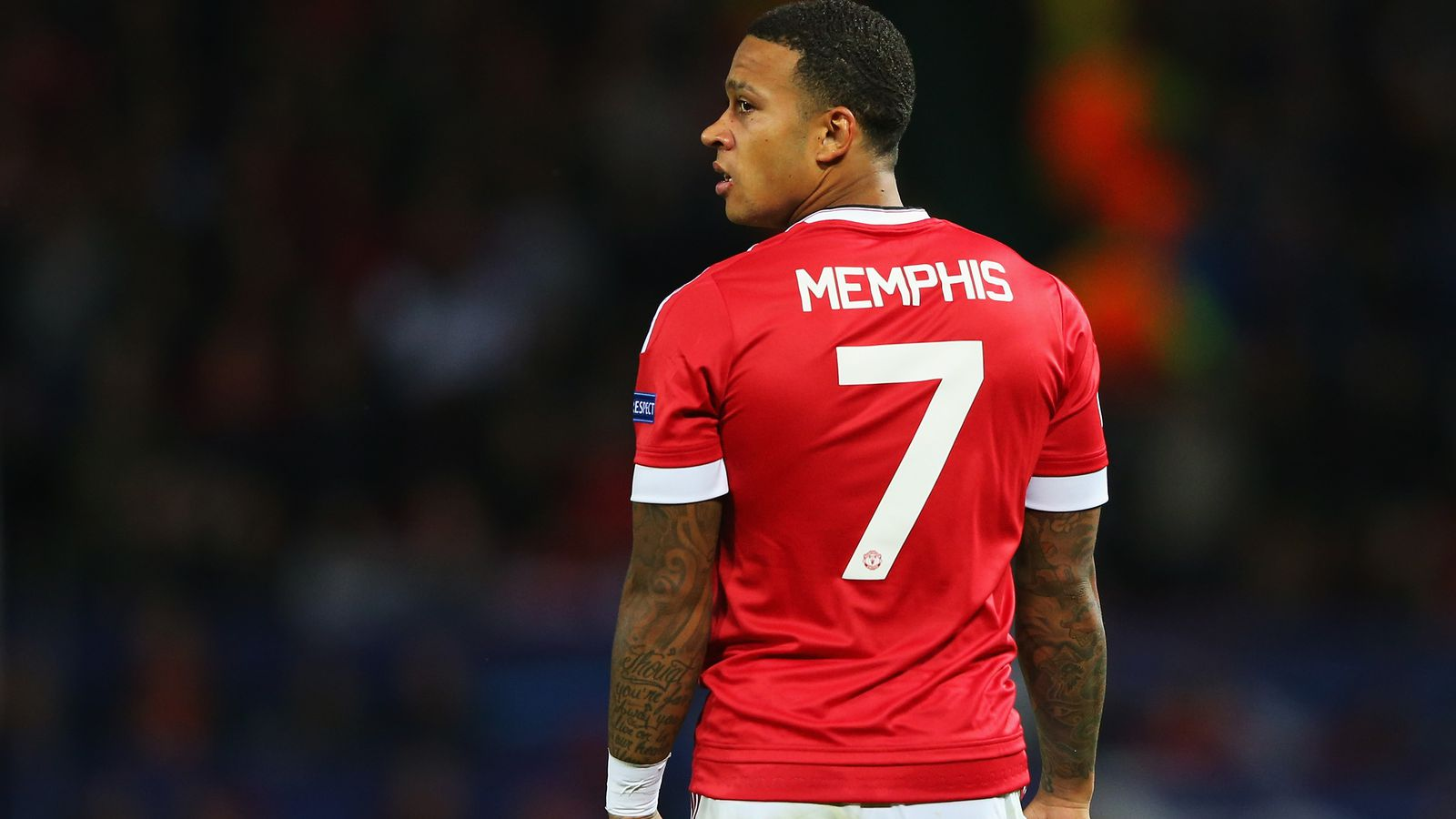 Manchester United Keep Whiffing On Transfers But Memphis