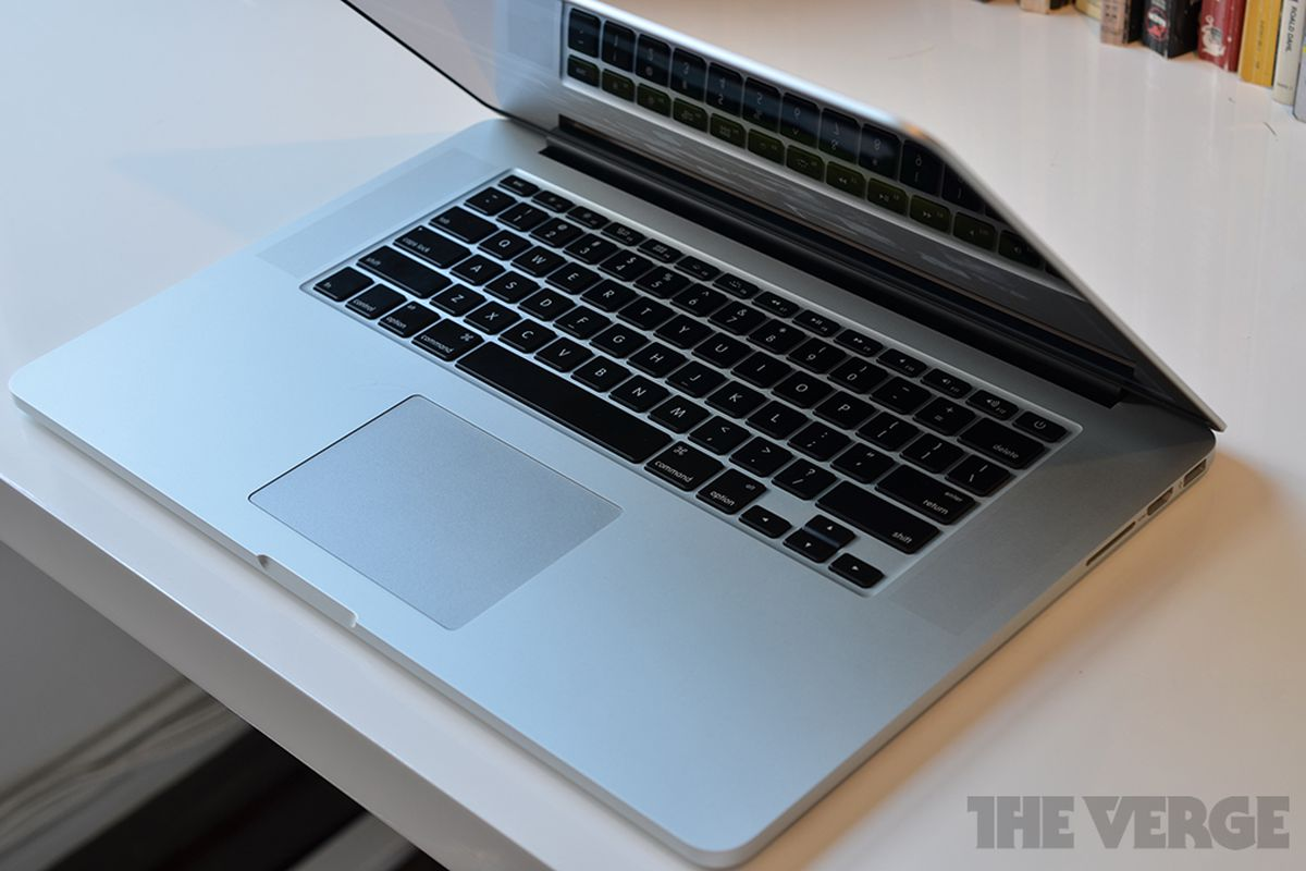 MacBook Pro with Retina display gets Power Nap via firmware