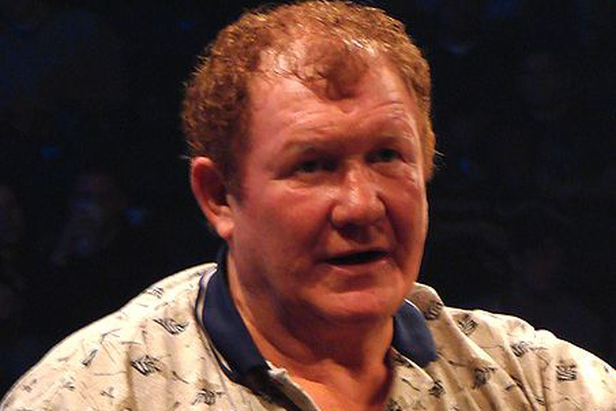 Harley Race Breaks Both Legs In Fall