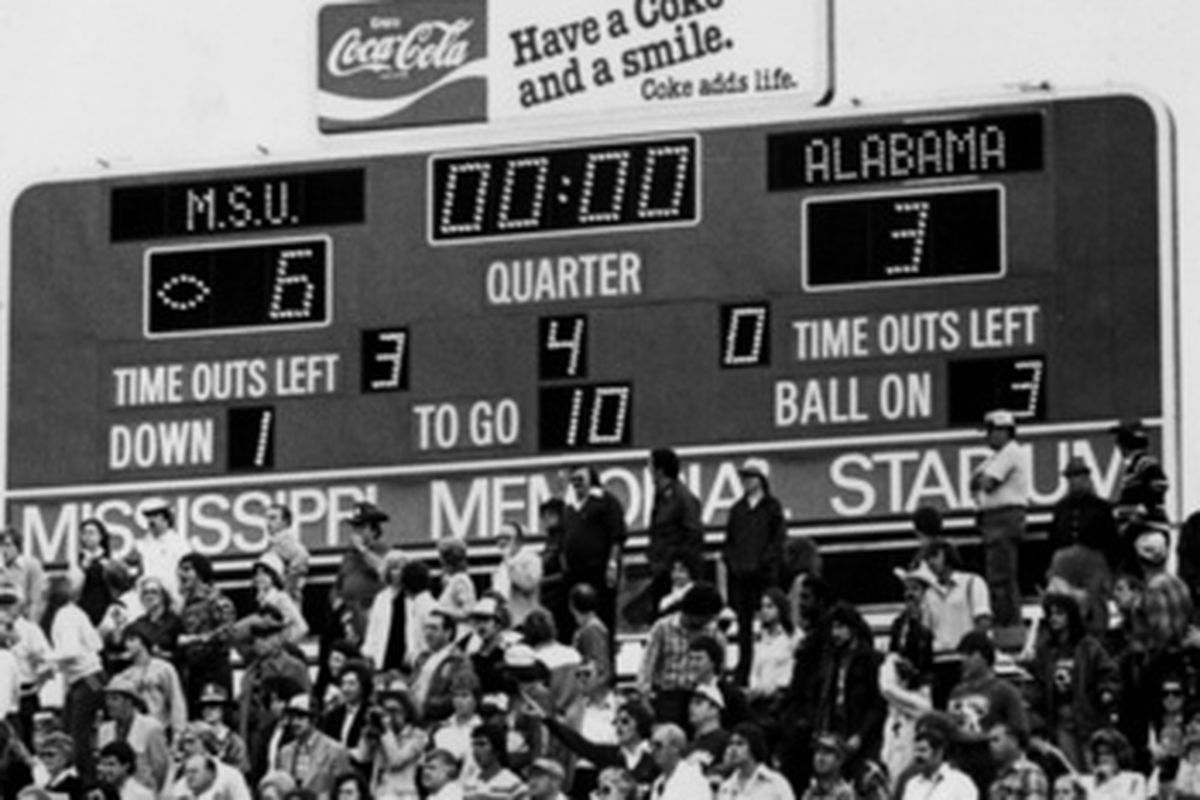 Scoreboard. Alabama vs Mississippi State. November 1, 1980. Jackson, Mississippi.
