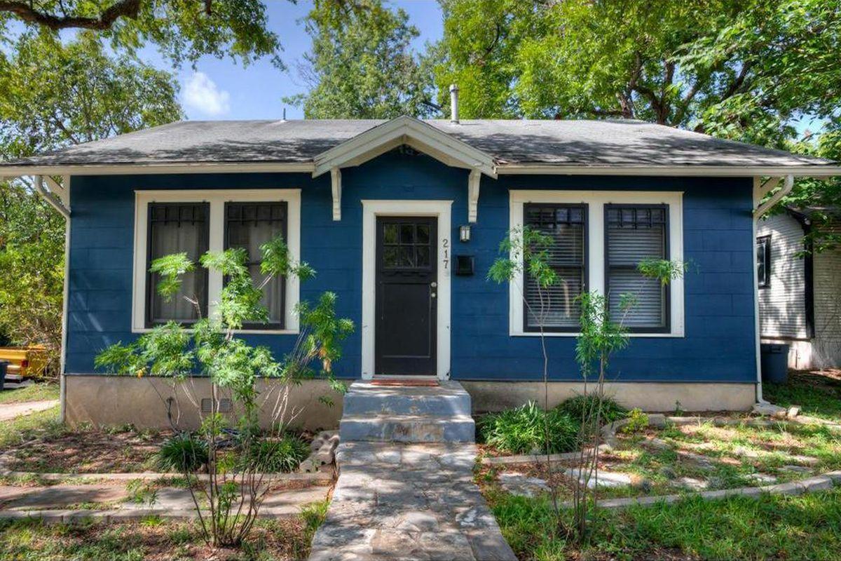 Blue wood-frame 1930 house