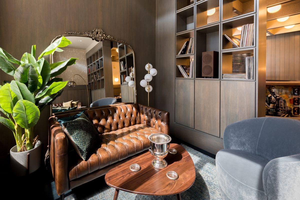 Lounge area at Le Fantastique