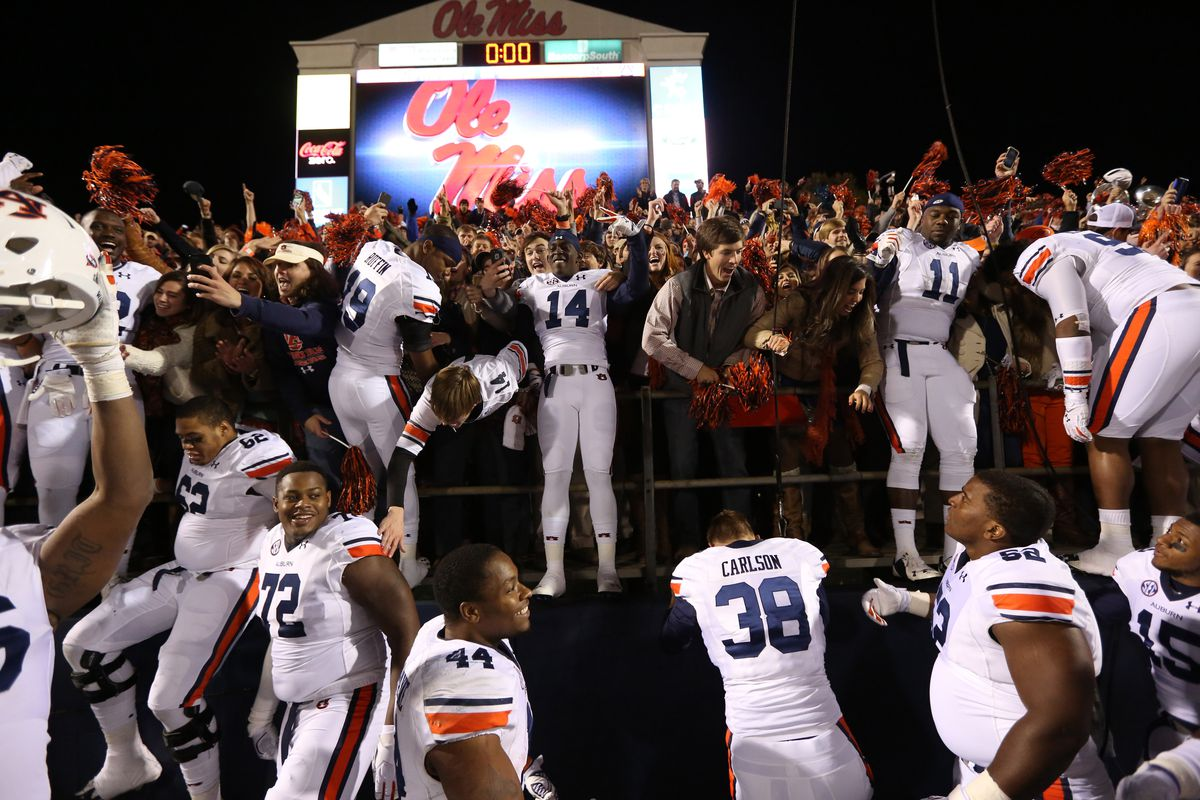 Auburn solidifed its No. 3 spot with a win at Ole Miss.