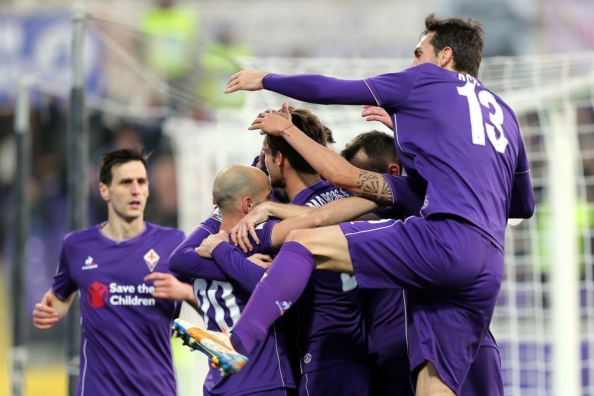 Can somebody please teach Davide Astori how to hug?
