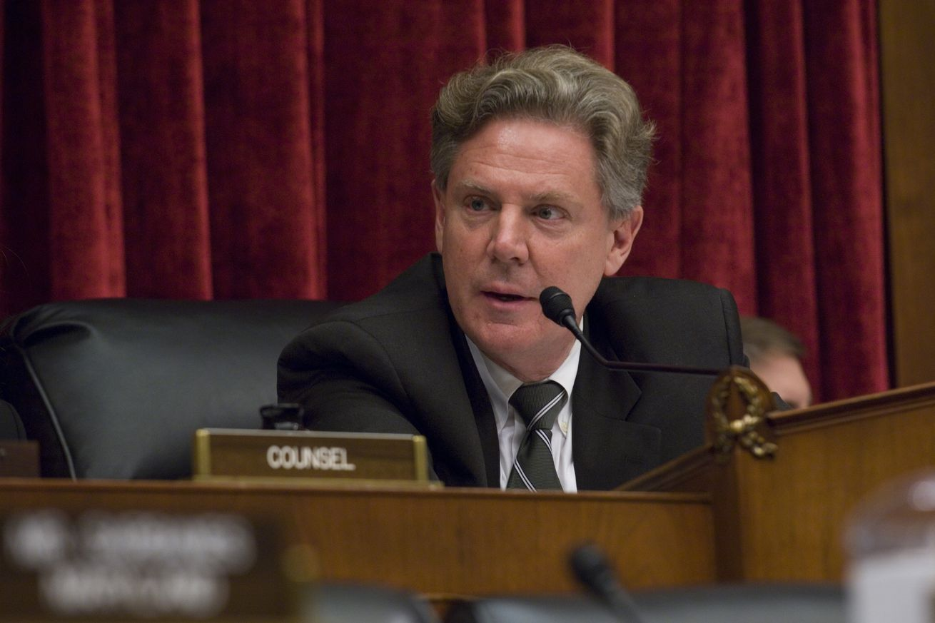 House Panel Considers Food Safety Bill