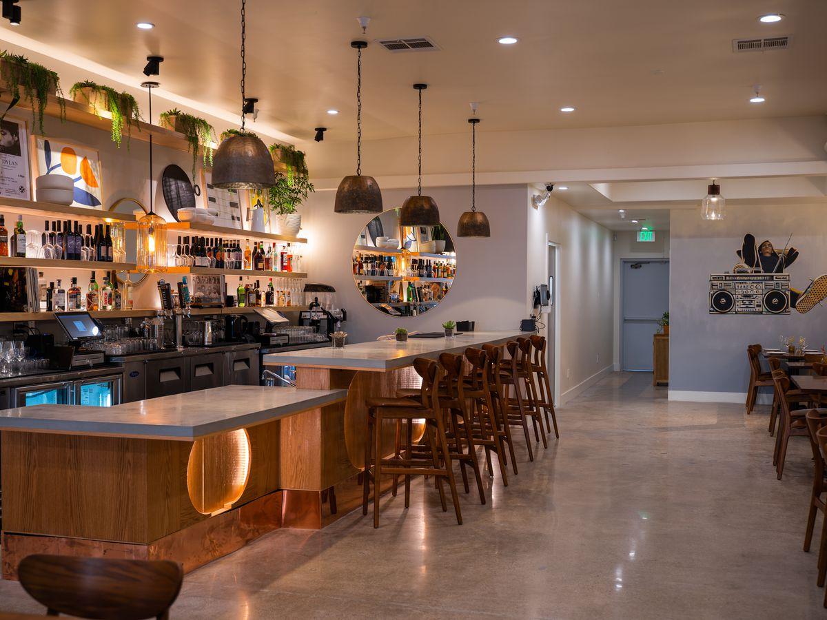 Bar and dining area of The Shop in Rancho Bernardo