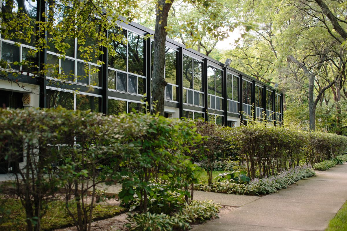 A row of townhouses designed by Mies van der Rohe in Lafayette Park