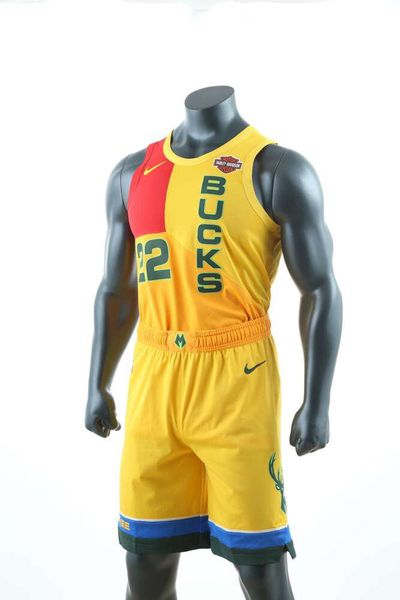 593d36c1f The jerseys that are just pretty ugly 🙁. Los Angeles Clippers. Milwaukee  Bucks