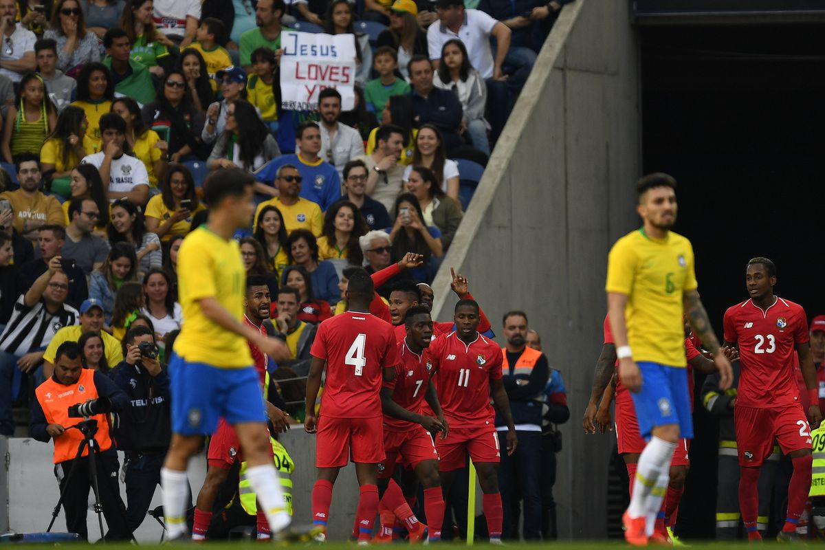 Philippe Coutinho and Arthur feature as Brazil held by Panama