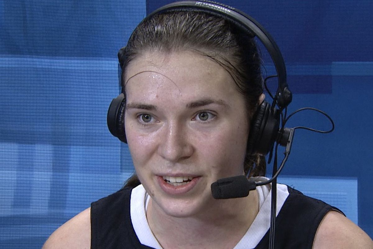 Ruth Hamblin had 17 points, 7 rebounds, and 5 blocks to lift Oregon State to the win over Washington State in an ugly game in Pullman.