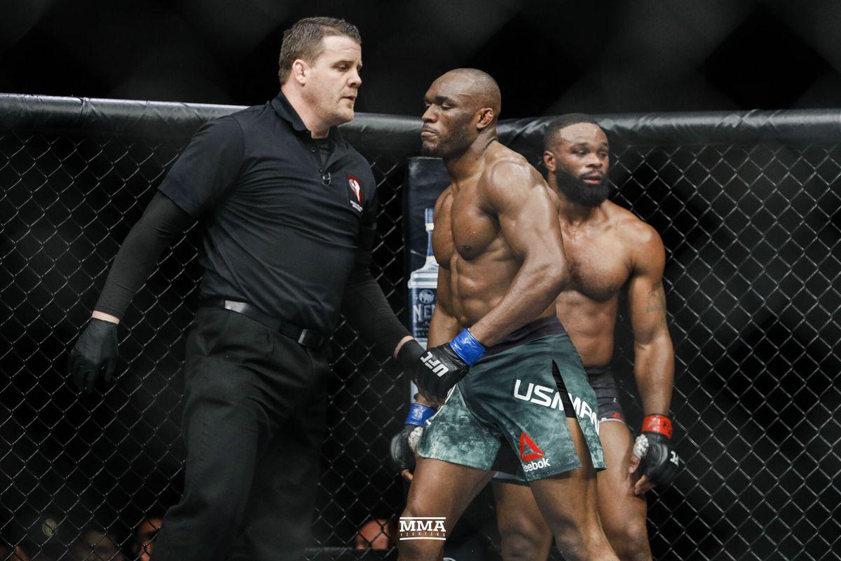 Reebok UFC Mens UFC Fight Night Authentic Gladiator Short