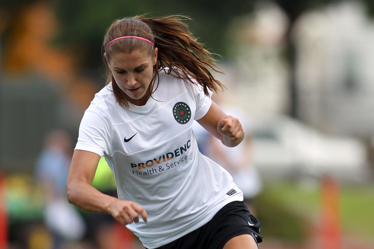 Alex Morgan and the Thorns will look to clinch a playoff berth on Sunday. A win will do the trick.