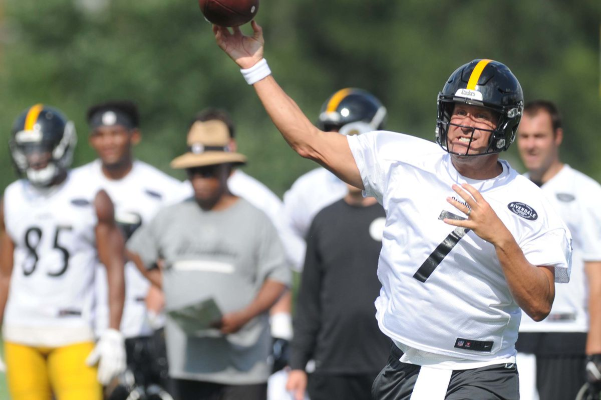 6c7d59ef174 Report: Ben Roethlisberger leaves final training camp practice early after  hitting head on turf