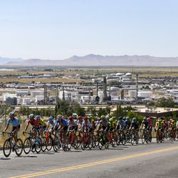 The peloton powers up a hill during Stage 3 of the Tour of Utah in North Salt Lake on Thursday, Aug. 15, 2019.