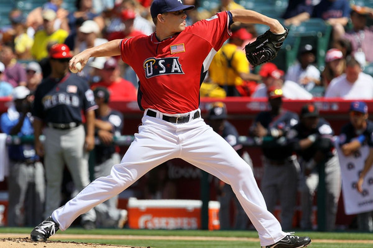 ANAHEIM CA - JULY 11:  U.S. Futures All-Star Jeremy Hellickson #28 of the Tampa Bay Rays throws a pitch during the 2010 XM All-Star Futures Game at Angel Stadium of Anaheim on July 11 2010 in Anaheim California.  (Photo by Stephen Dunn/Getty Images)