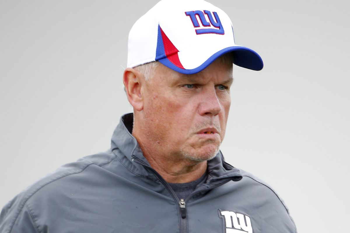 Giants offensive line coach Pat Flaherty